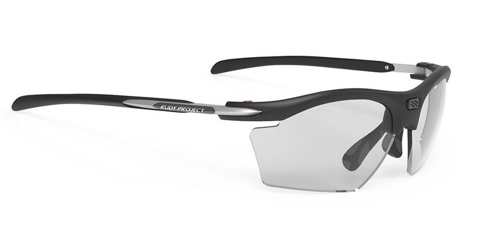 SP547306 משקפי שמש דגם RYDON SLIM של רודי פרוג'קט, צבע שחור עם עדשות מתכהות